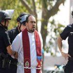 بازداشت یک مبلغ دینی در امریکا به جرم راه اندازی کازینو !!